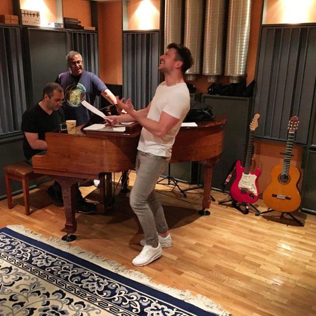 Сергей Лазарев записывает новую песню